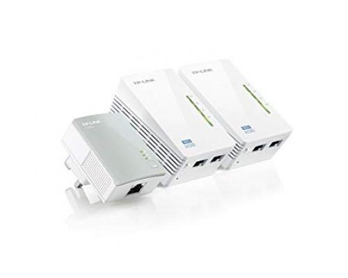 Сетевой адаптер TP-LINK TL-WPA4220T KIT Powerline ( комплект из трех адаптеров: 1хAV500 500 Мбит/с и 2хAV600 2UTP 10/100Mbps, Wi-Fi 802.11n 300 Мбит/с )